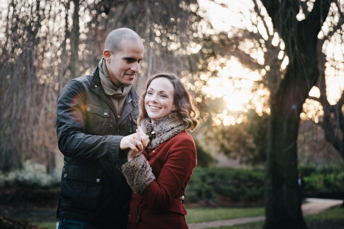 couple engagement shoot in dublin city temple bar 0011