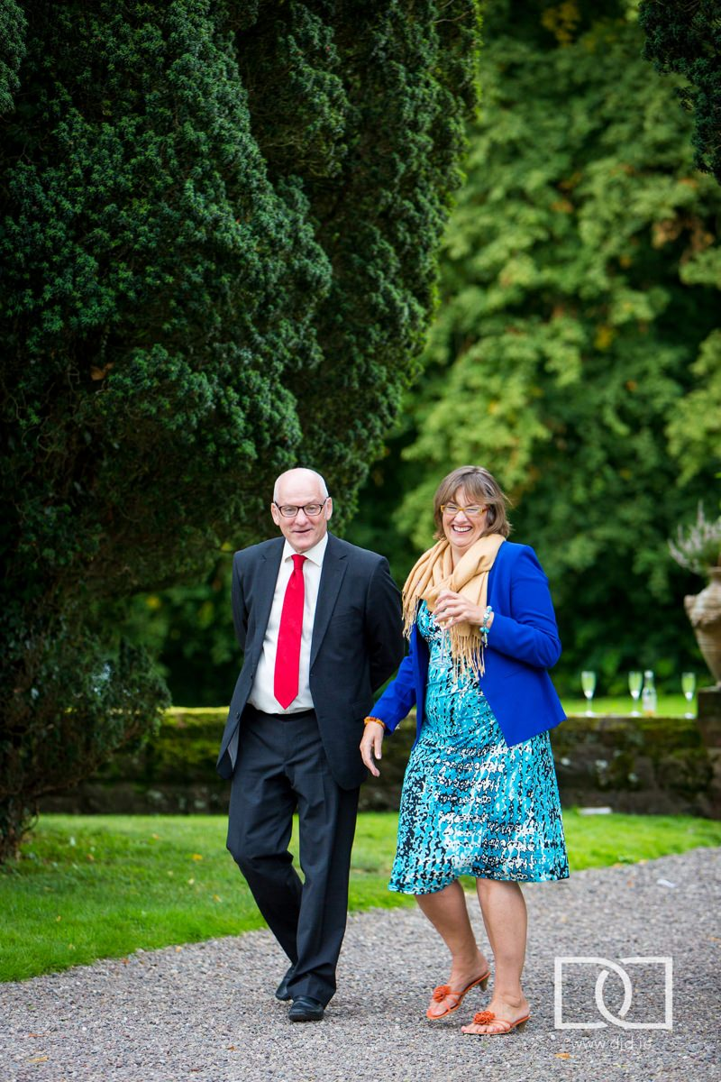 documentary wedding photography castle leslie monaghan 0226