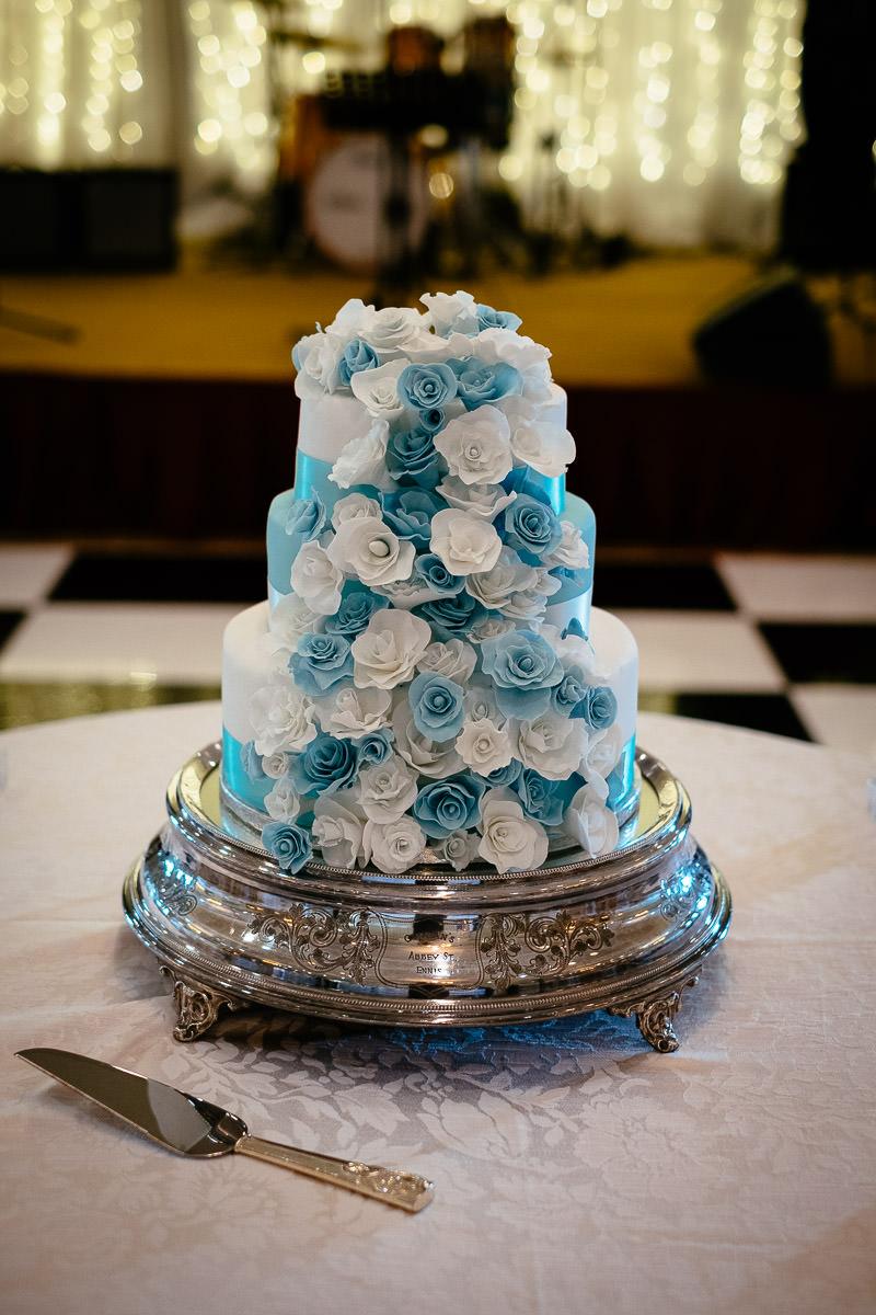wedding cake at a k club wedding