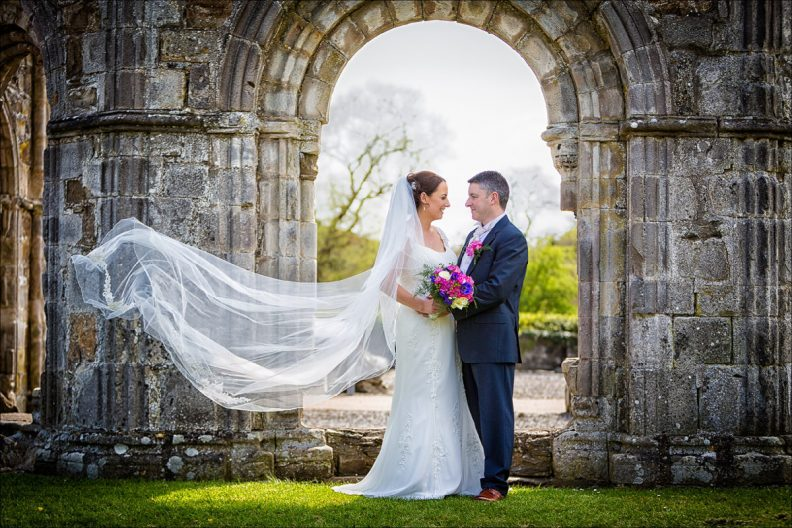 bellingham castle wedding photography 0028 792x528