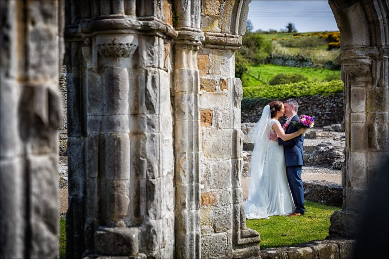 bellingham castle wedding photography 0030 792x528