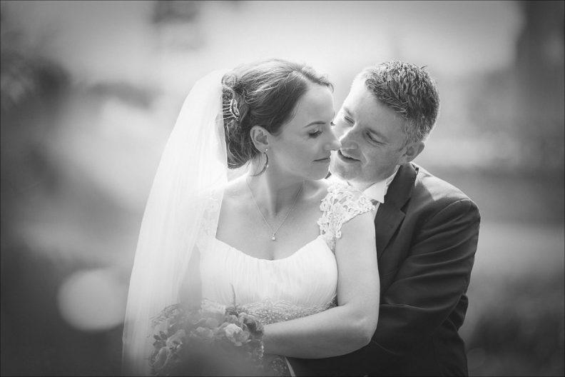 bellingham castle wedding photography 0048 792x528