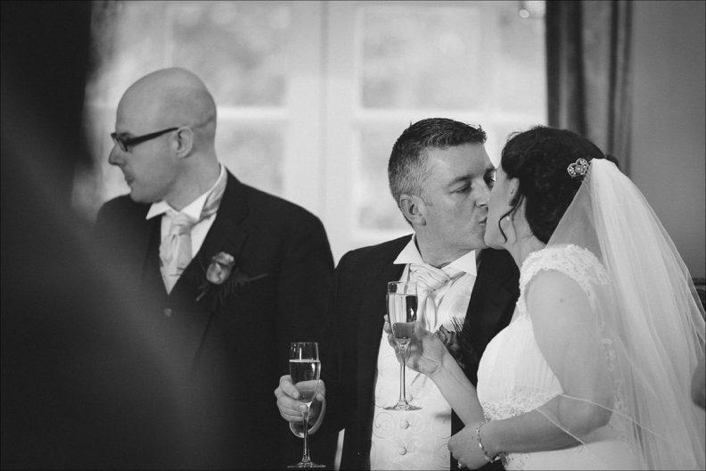 bellingham castle wedding photography 0082 792x528