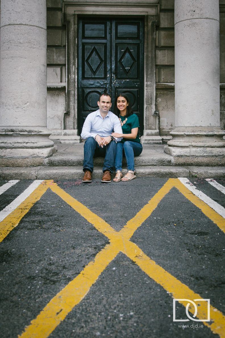 engaged couple in st stephens green dublin