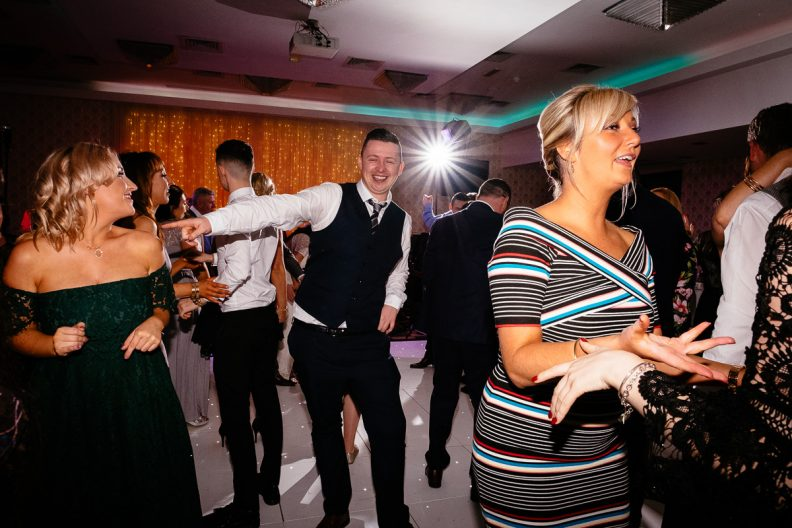 moyvalley balyna house wedding photographer kildare 0807 792x528