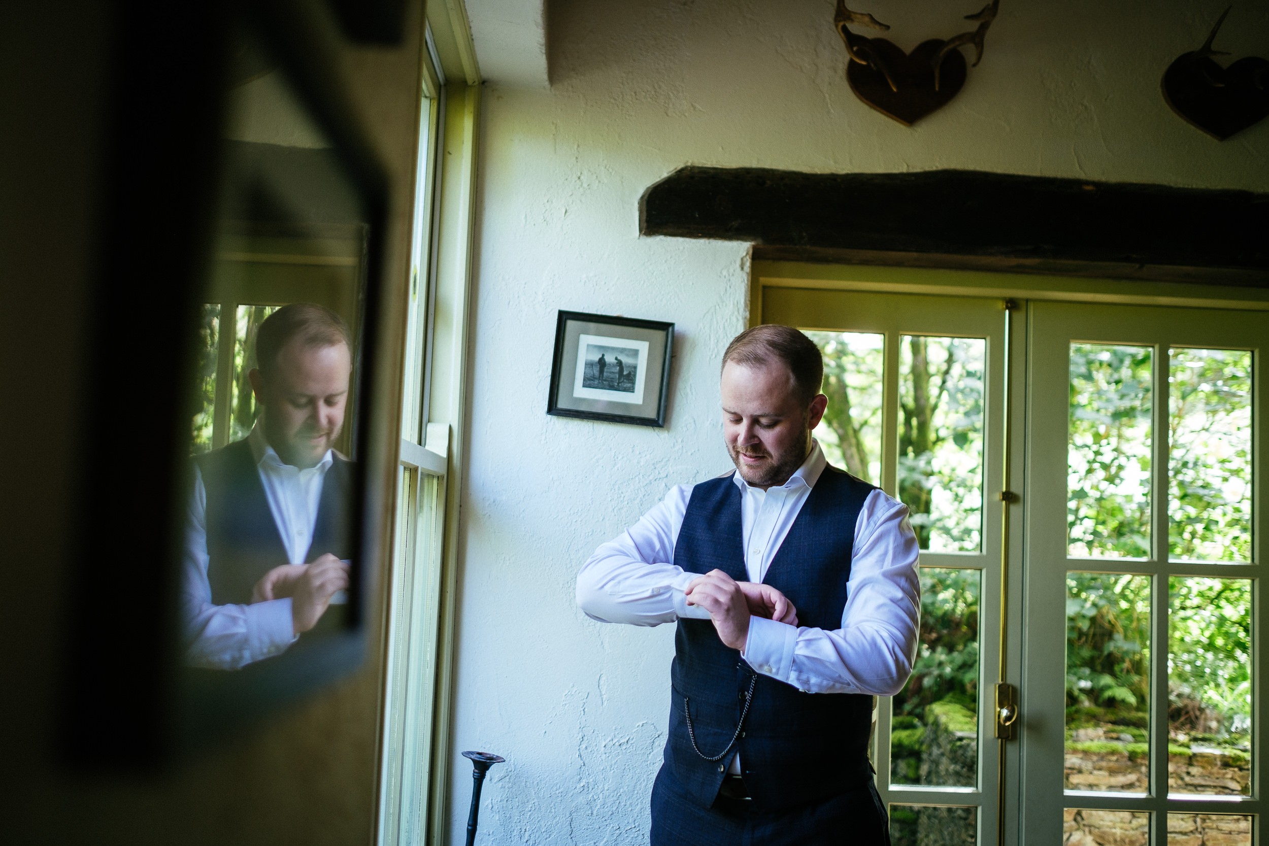 groom getting ready at grouse lodge wicklow