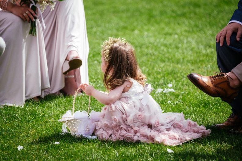 flower girl playing