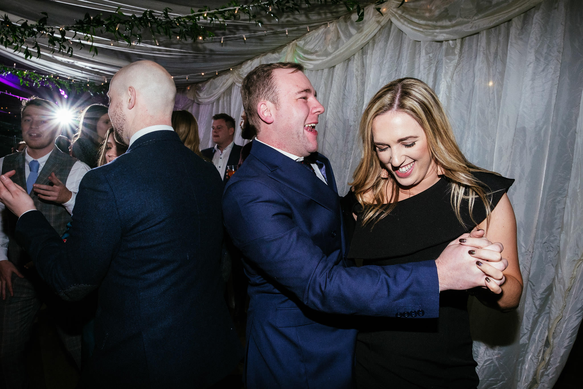 guests dancing at Virginia Park Lodge wedding