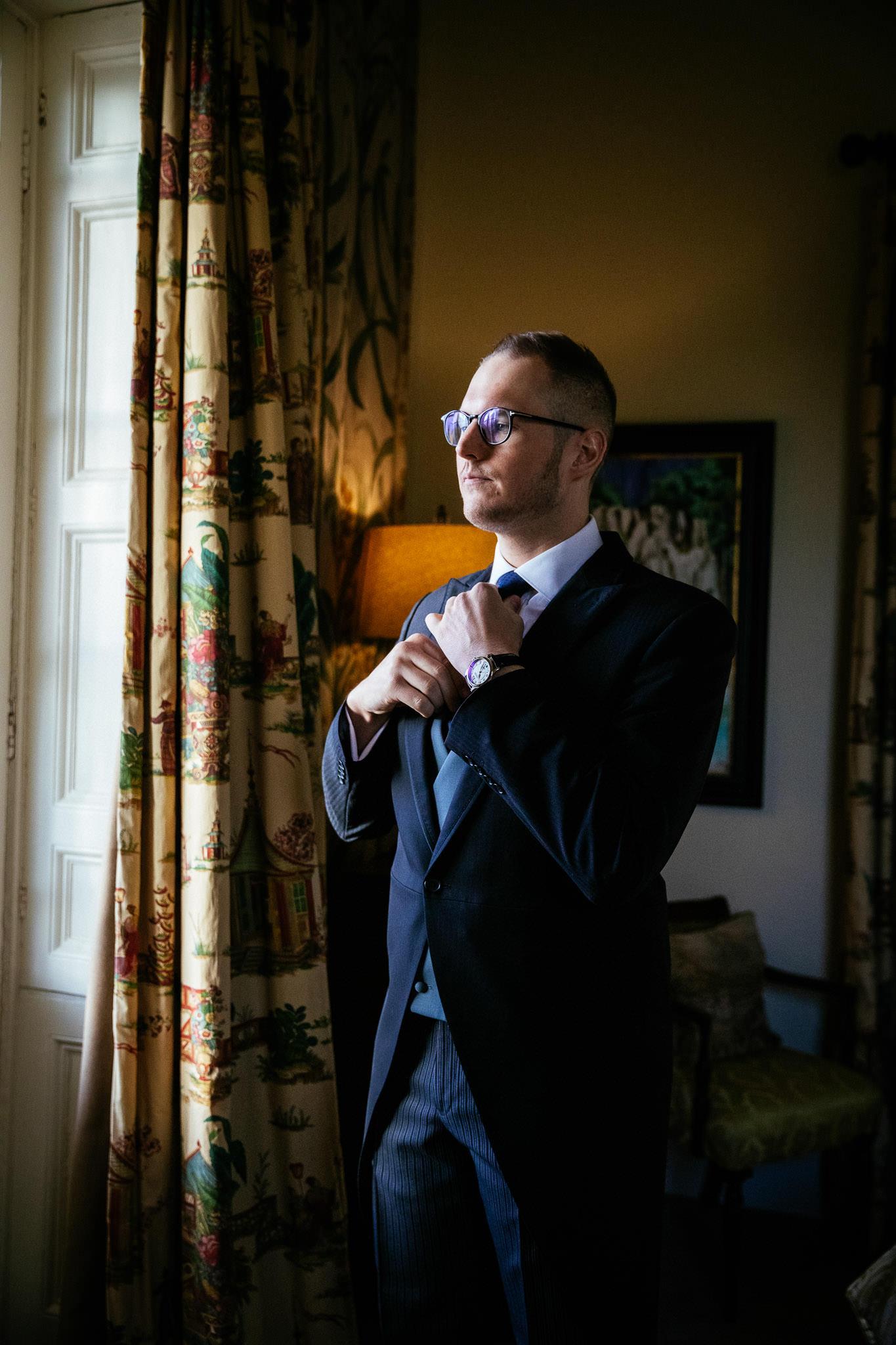 groom getting rrady at loughcrew lodge wedding