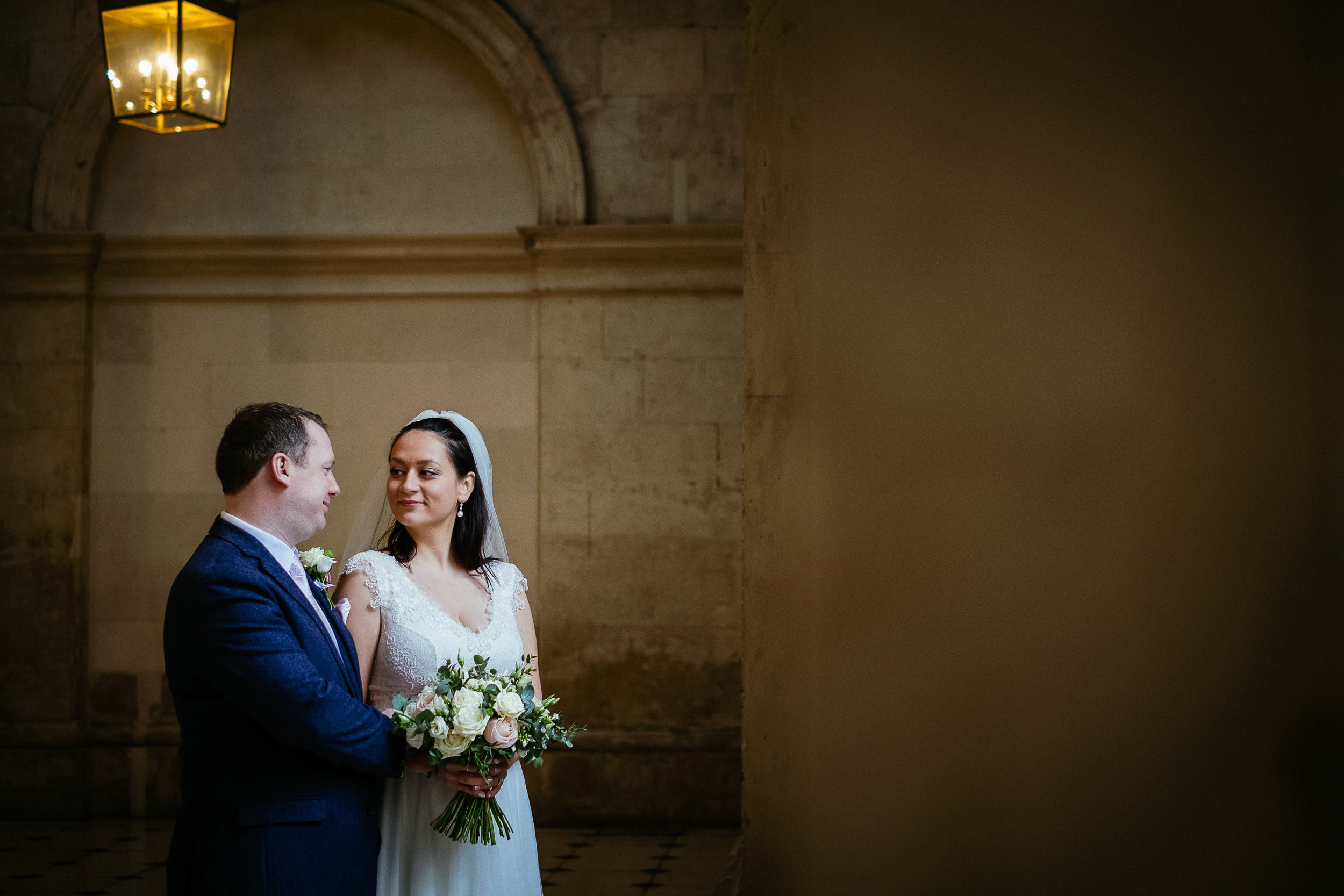 bride and groom in city hall dublin